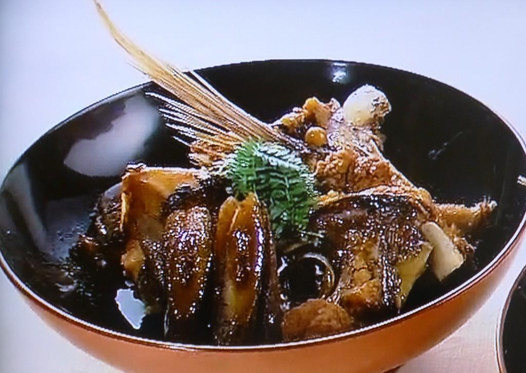 鯛のあら炊き。食材を無駄にしない心意気がつまっている。