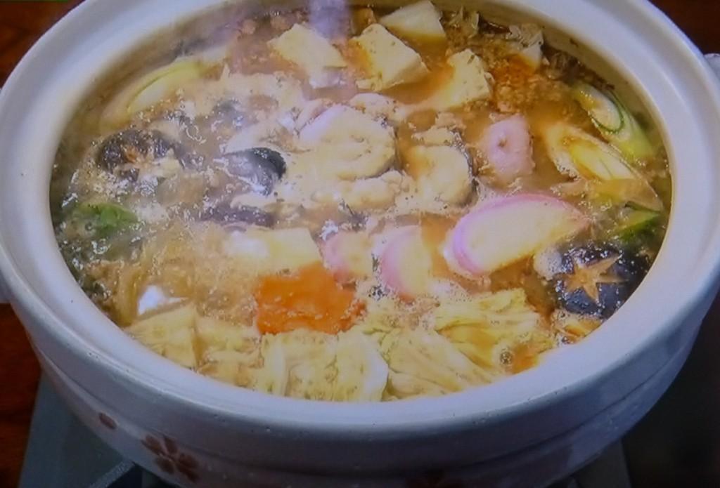 から煎りした肝や味噌で濃厚に仕立てる常磐の味「どぶ汁」。身も心も温まる寒い冬にはもってこいの逸品である。もとは漁師の船上料理だったとか